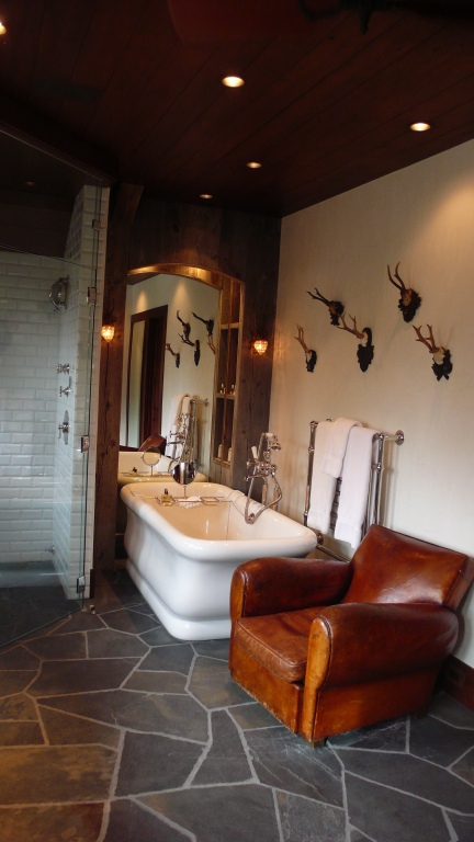Manly Bathroom Pictures: Garden, Home & Party
