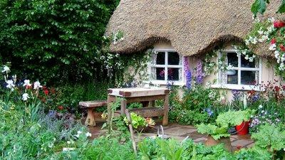 describe a garden in your own words