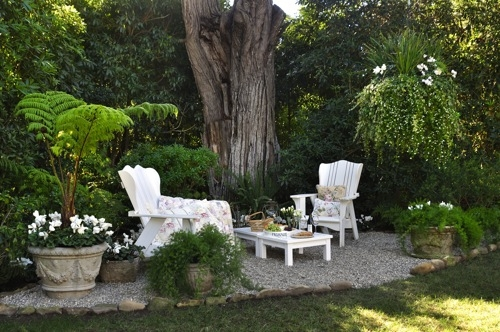 Landscaping Under The Trees : Simple garden ideas with tables under the trees photograph