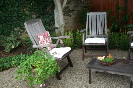 Garden Furniture On Gravel pea gravel patio | garden, home & party