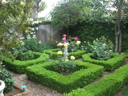 GHP knot garden