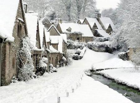 1-snowy village