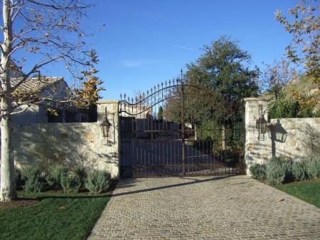 1a-Shady Cyn gates