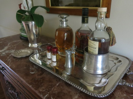 Bar tray - dining room