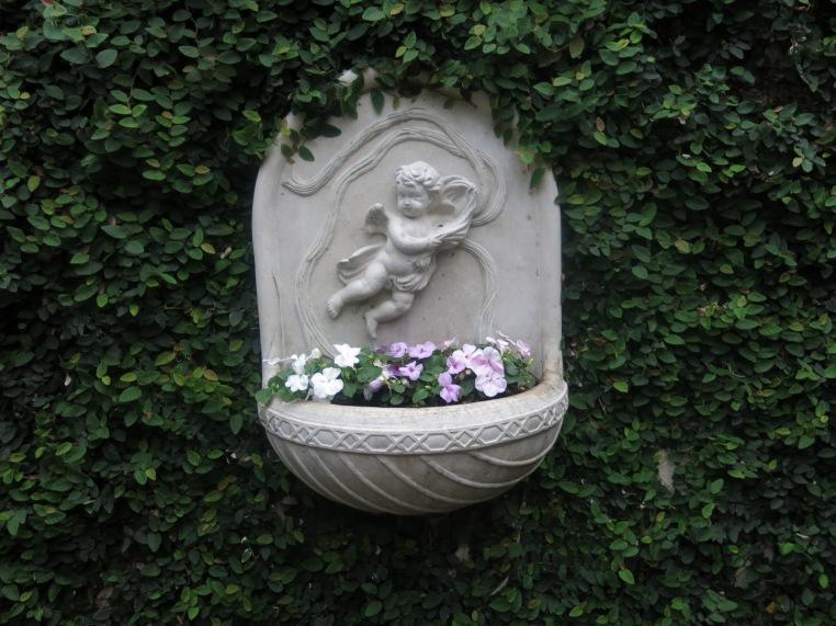 angel planter atrium