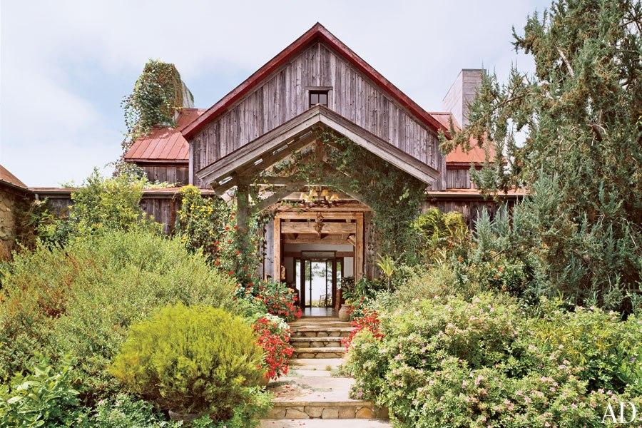 {Home} Were you born in a barn?... (6/6)