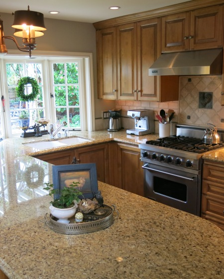 Garden, Home and Party: kitchens, dark or light