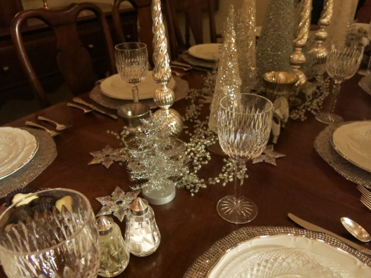 Garden, Home and Party: table settings