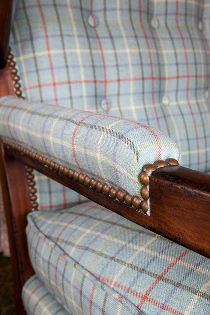 Garden, Home and Party: nailheads on furniture